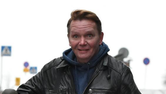 MIkko Rasila kommentoi sekavaa hoiperteluaan.