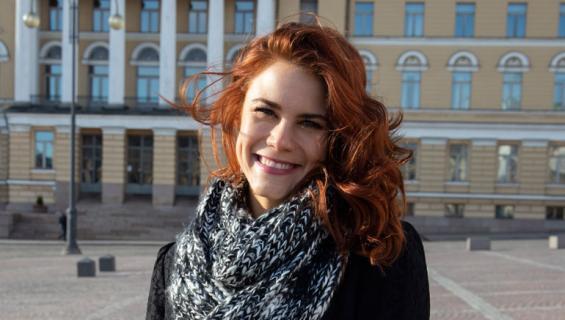 Courtney Hope kävi Suomessa rakkaansa kanssa.