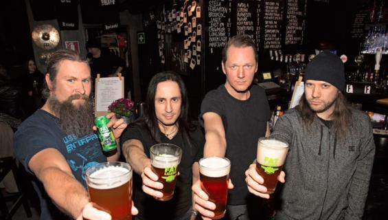 Children of Bodom -yhtye lanseerasi oman oluen.