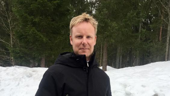 Mikko Ilonen asuu perheineen Lahdessa.