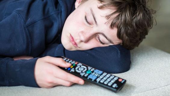 Tv:n eteen ei kannata nukahtaa.