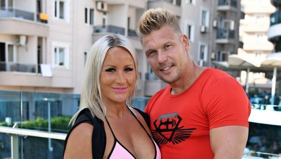 Rita ja Aki Manninen saivat lapsen.