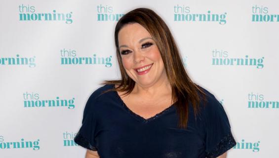 Lisa Riley tunnetaan Emmerdale-sarjasta.