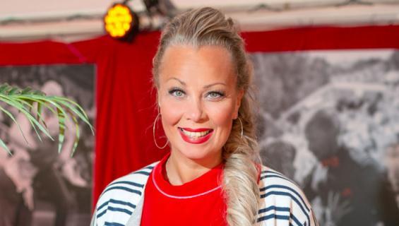 Johanna Pakonen on tanssinopettaja.