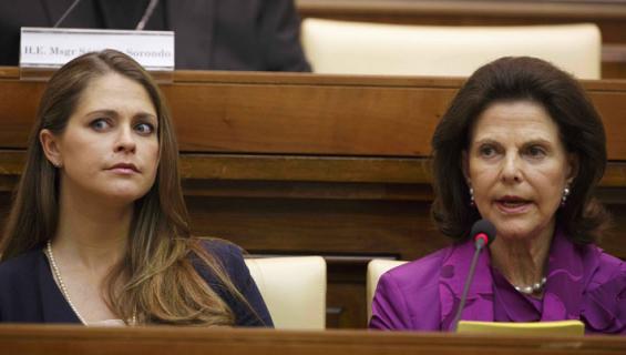 Madeleinen ja Silvian hautajaisasut herättivät huomiota.