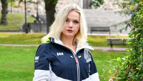 Jenna Lehtimäki ei ole tavannut kiusaajiaan koulun jälkeen.