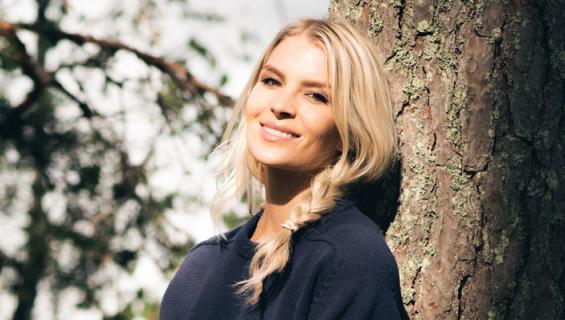 Pia Lamberg lomaili Suomessa ilman miestä.