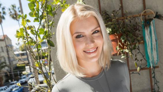 Pia Lamberg lyttää tosi-tv-ohjelmat.