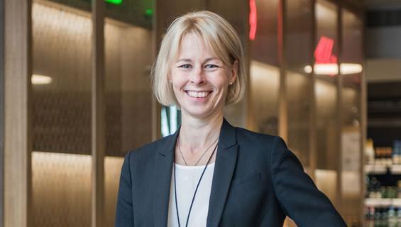 Leena Laitinen on Alkon toimitusjohtaja.