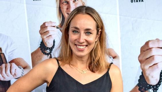 Anni Hautala joutui tukkakriisiin.