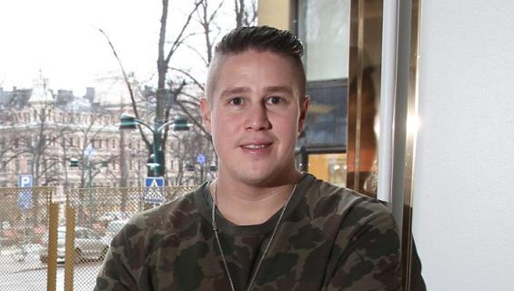 Tomi Björck kommentoi ilkeitä Jodel-juoruja.