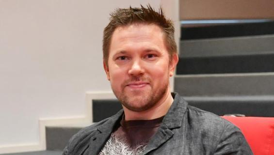 Juha Perälä näyttäytyi Noora-rakkaansa kanssa.