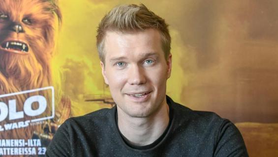 Joonas Suotamo asuu Suomessa.