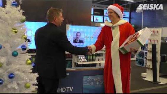 Jaajo pelasti köyhän perheen joulun - liikuttava video!