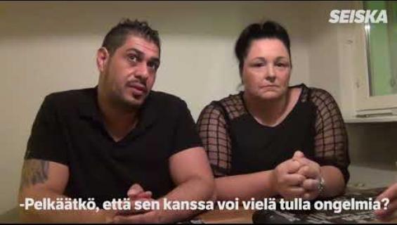 Mian, 47, ja tunisialaisen Karamin, 35, kielletty rakkaus alkoi Facebook-viestittelyllä – pääsivät naimisiin vasta 6 vuoden taistelun jälkeen!