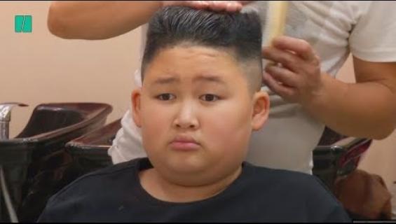 Tämä parturi on ilmainen, mutta tarjolla on kaksi tyyliä: Saisiko olla Kim Jong-un vai Donald Trump?