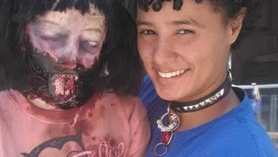 """Mitä tästä pitäisi ajatella? Zombienuken kanssa naimisiin mennyt nainen suunnittelee perheenlisäystä """"puolisonsa"""" kanssa"""