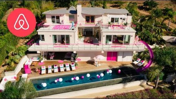 Näin pääset yöksi Barbien Malibu Dreamhouseen!