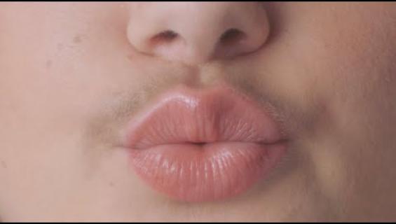 Nainen! Älä aja viiksikarvojasi vaan osallistu Movemberiin!