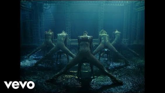 Jösses! Pussycat Dolls julkaisi överiroisin paluuvideon – levittivät haaransa kameralle!
