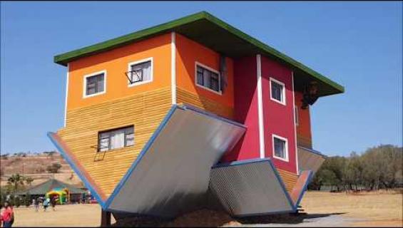 Vau! Ylösalaisin oleva talo Etelä-Afrikassa on todellinen turistimagneetti!