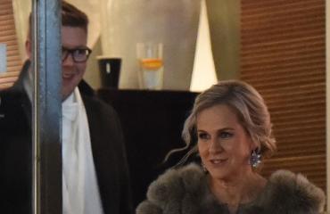 Antti Lindtman ja Kaija-Helena Strombom poistuivat Linnan jatkoilta aamuyöllä.