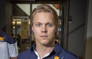 Mikael Granlund Seiskan kuvattavana.