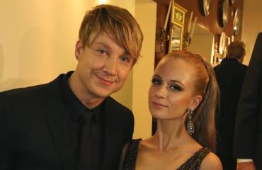Samu Haberin puoliso on kuvankaunis Vivianne Raudsepp.