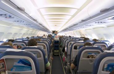 Keskimmäinen istumapaikka saattaa olla kohta koneen suosituin.