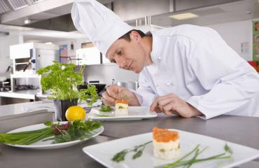 Michelin-oppaassa menivät hienot ravintolat ja työmaaruokalat sekaisin