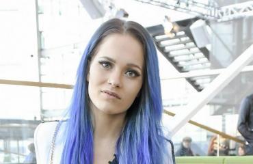 Sanni on yksi Suomen suosituimpia naisartisteja.