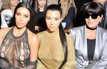 Kim ja Kourtney Kardashian sekä Kris Jenner
