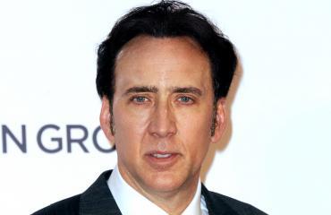 Uusi VR-keksintö pakottaa sinut katsomaan Nicolas Cagea.