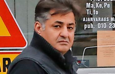Keuruun vastaanottokeskuksen johtajaa Rasul Azizania epäillään rikoksista