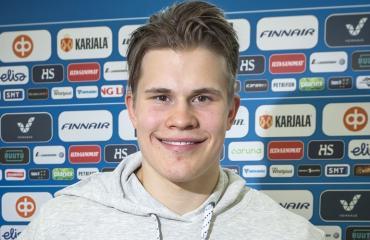 Jesse Puljujärvi haluaa laittaa maaliverkot tötterölle.