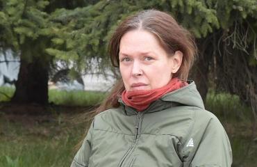 Minna Turunen Seiskan tutkivan reportterin kuvaamana keväällä 2017.