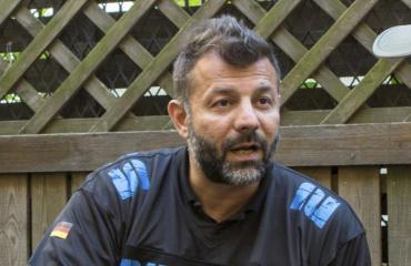 Rami Adham on oikeudessa pahoinpitelystä.