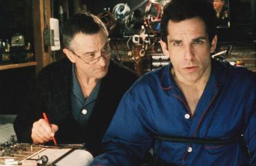 Robert De Niro hiillosti Ben Stilleriä valheenpaljastimella.
