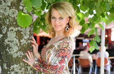 Susanna Heikki Tangomarkkinoilla.