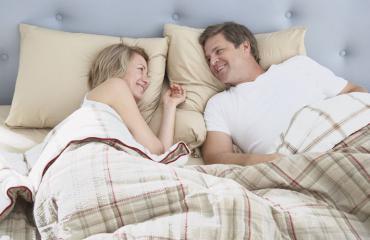 Avioparitkin harrastavat hyvää seksiä.