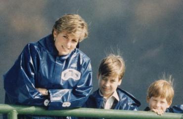 Diana vietti paljon aikaa lastensa kanssa.