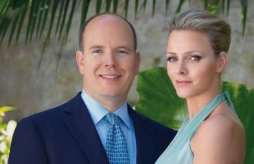 Ruhtinas Albert ja hänen vaimonsa Charlene ovat myös eläinrakkaita.