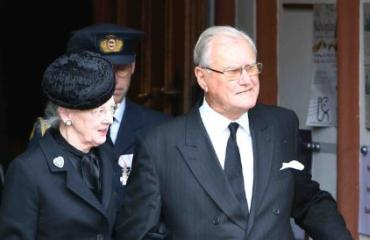 Tanskan kuningatar ja hänen puolisonsa ovat erimielisiä kuolemanjälkeisestä elämästä.