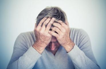Synnytyksenjälkeinen masennus koskee myös miehiä.
