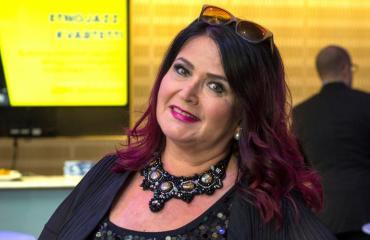 Meiju Suvas joutui ravintolan johtajan ahdistelemaksi.