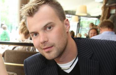 Heikki Koskelo pitää edelleen yhteyttä Heidi Pakariseen.