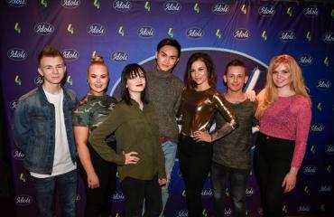 Idolsin seitsemän finalistia.