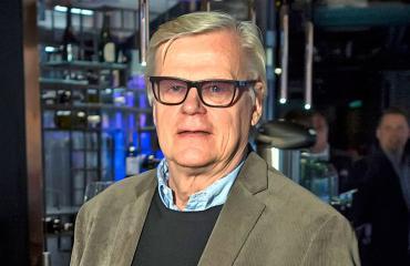 Alpo Suhonen kommentoi jääkiekkoa Olympialaisten aikana.