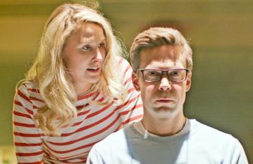 Mikko Nousiainen ja Linda Wiklund näyttelevät yhdessä.