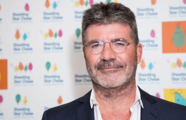 Simon Cowell kutsui poliisit riehuvan naapurin takia.